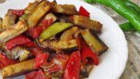 Etsiz Patlıcan Yemeği Tarifi