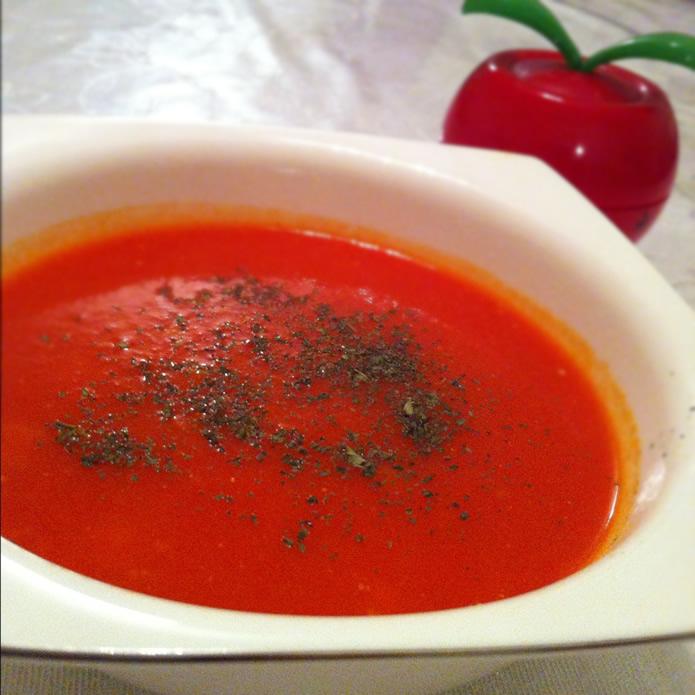 Baharatlı Domates Çorbası Tarifi