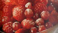 Kırmızı Şaraplı Kırmızı Meyveler
